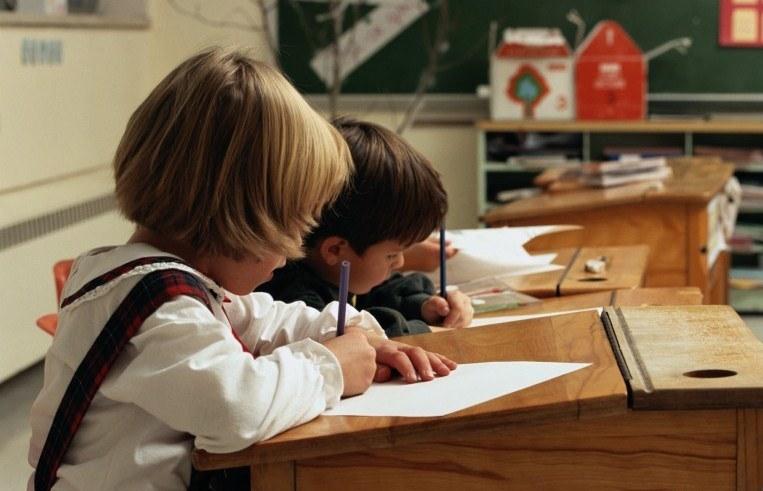 Как сохранить осанку школьника?