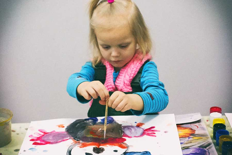 Поощряйте желание деток рисовать!